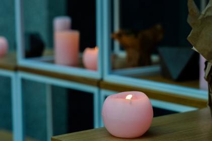 lighting, candle, pink, table, window, glass, blur