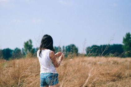 woman, girl, lady, people, back, nature, field, grass, plants, trees, sky