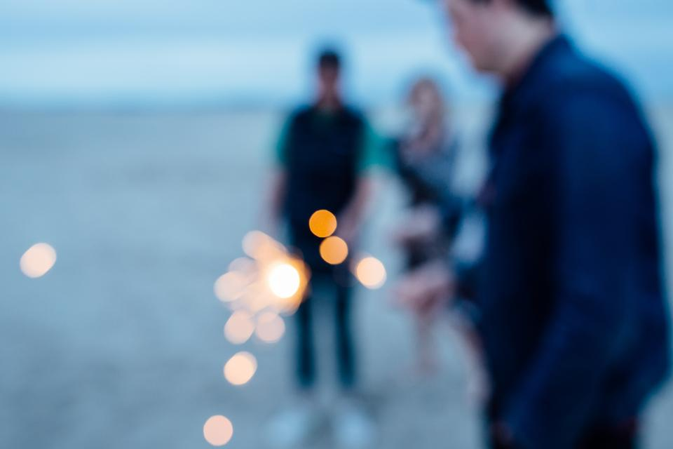 sparkler, people, beach, blurry, lifestyle