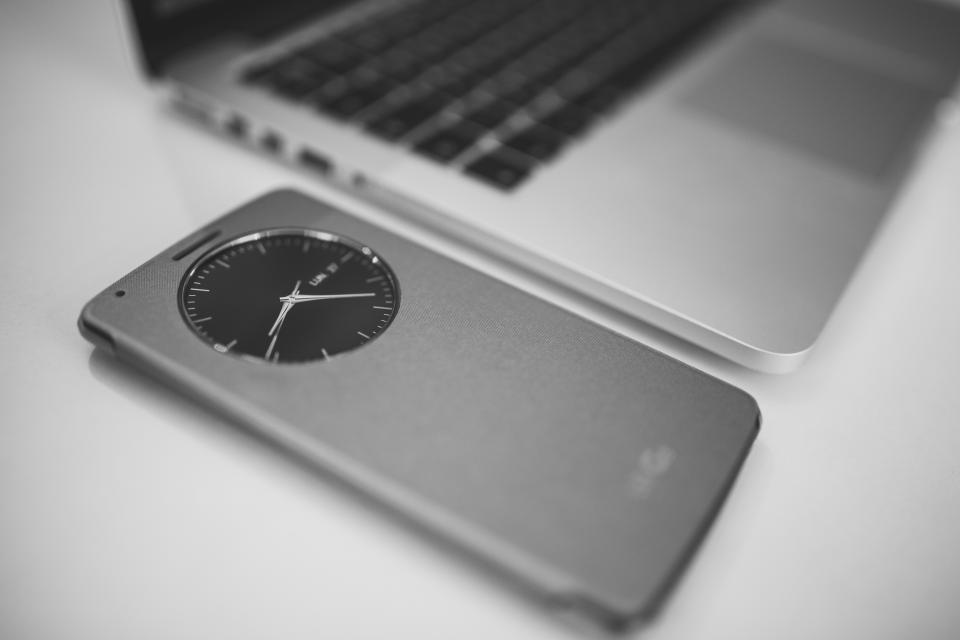 macbook, laptop, computer, smartphone, mobile, technology, business, clock, black and white