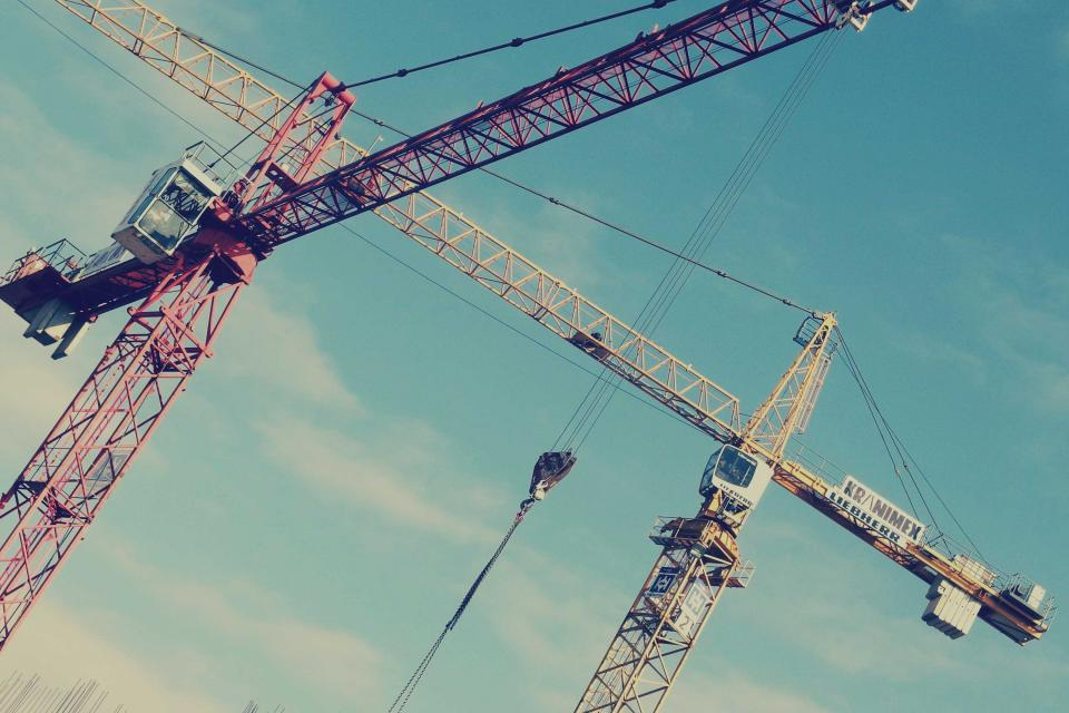 cranes, construction, industrial, blue, sky, sunshine