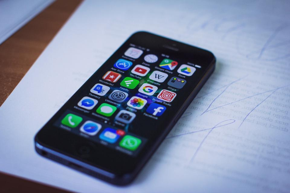 iphone, mobile, smartphone, cell phone, technology, business, office, desk, paper, work