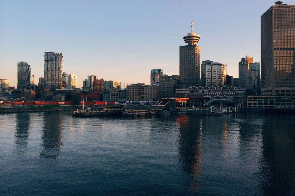skyline, buildings, towers, architecture, high rises, marina, harbor, harbour, boats, docks, water, city, urban, downtown