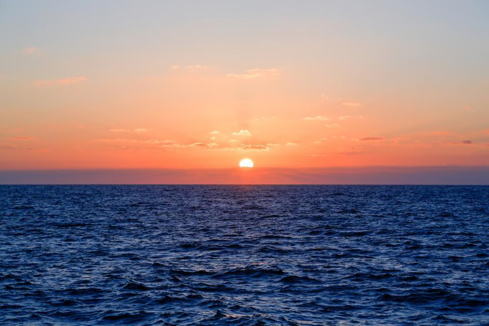 sunset, dusk, horizon, sky, landscape, ocean, sea, water, nature