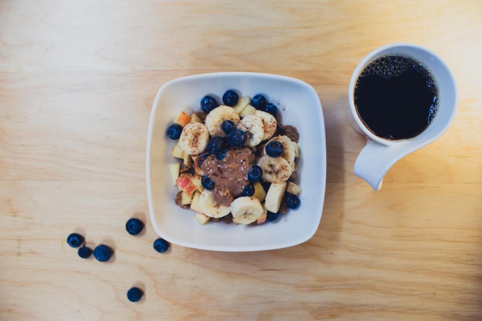 bananas, blueberries, fruits, apples, bowl, breakfast, morning, coffee, cup, mug, table, healthy