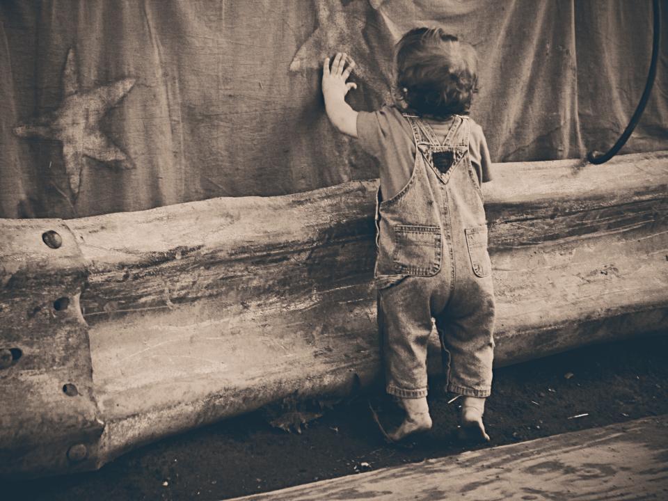 boy, child, kid, overalls, denim, jeans, feet, stars, hands, curtain