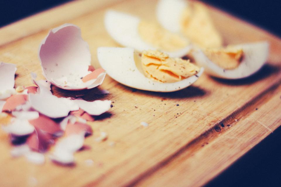 eggs, shells, food, kitchen, cutting board