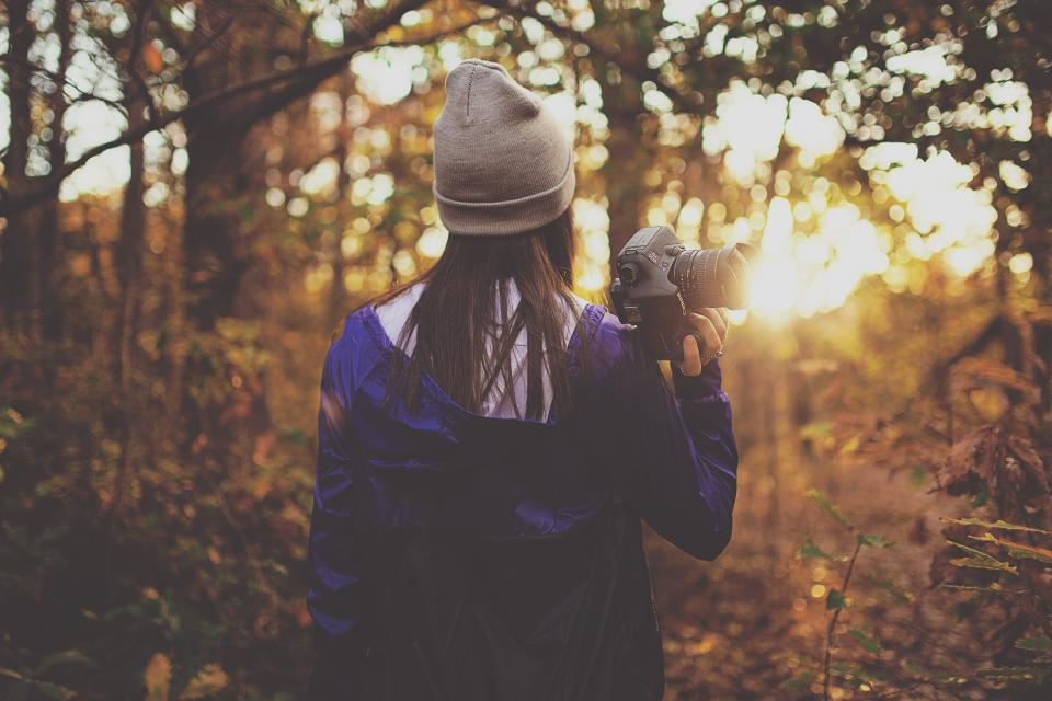girl, woman, people, hat, toque, photographer, photography, forest, woods, nature, outdoors, sunset, fall, autumn, jacket