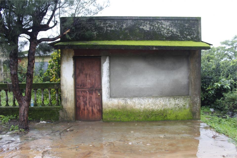 shack, hut, door, closed, locked