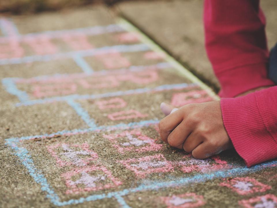 chalk, pavement, kids, children, people