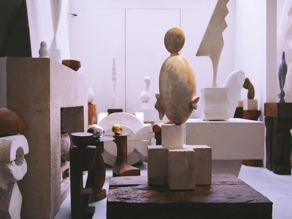 art, gallery, sculptures, design