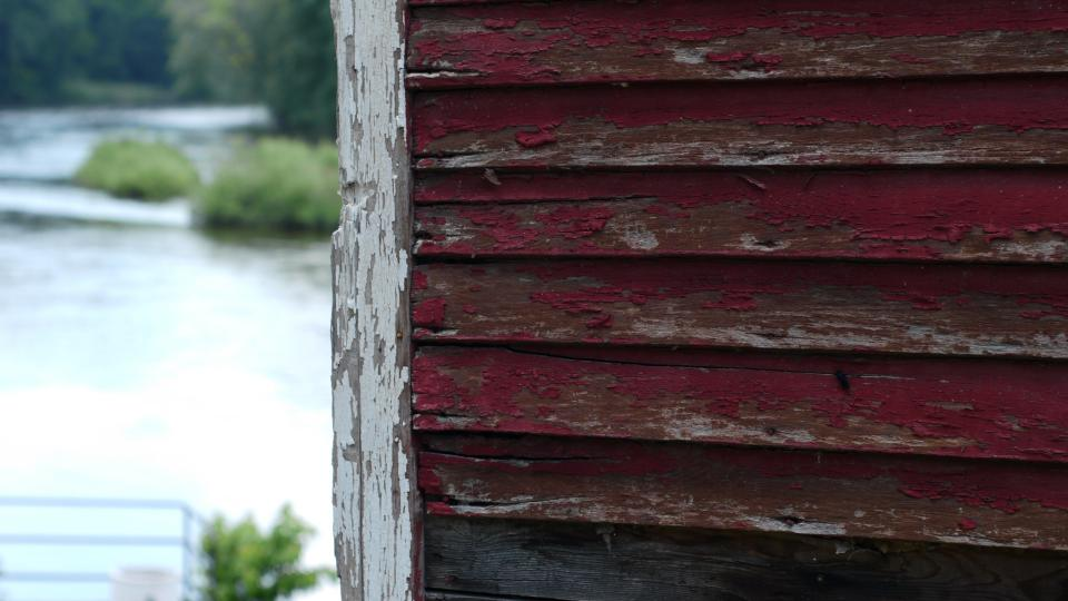 red, siding, chipped, wood, paint