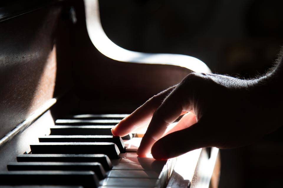 piano, keys, hands, musician, music, instrument, dark, shadows