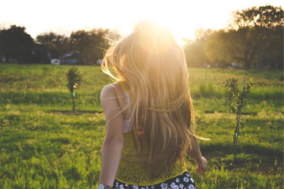 young, girl, woman, blonde, people, long hair, tank top, fashion, fields, grass, sunshine, summer, sunny