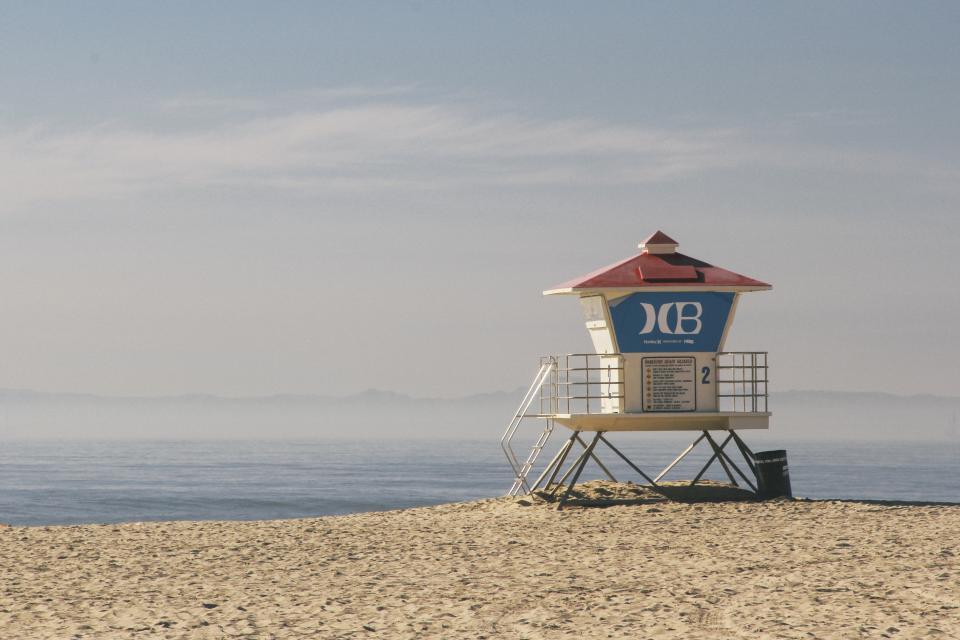 sky, ocean, water, beach, sand, lifeguad, lookout