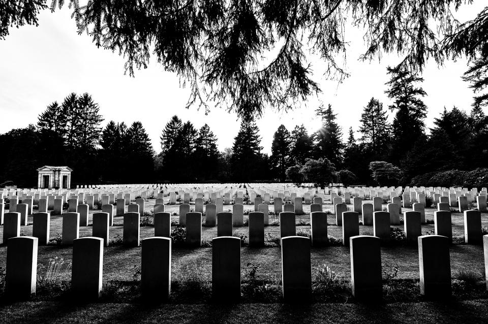 cemetery, graves, tombstones, death, black and white