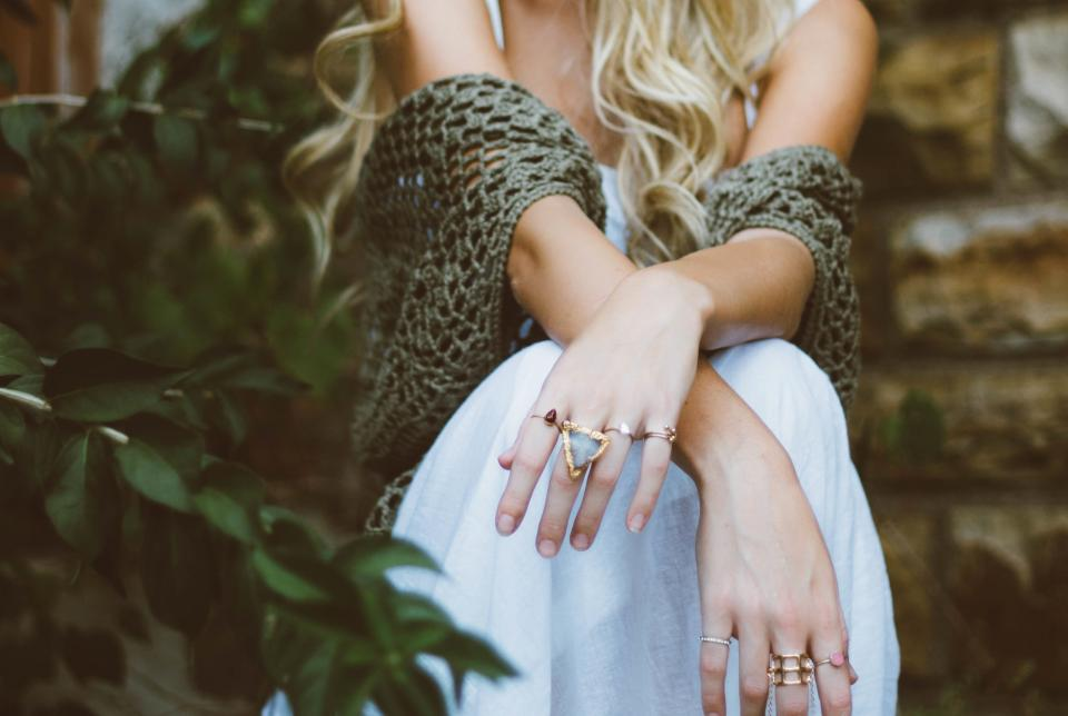 hands, rings, jewelry, fashion, accessories, girl, woman, people, blonde, plants, leaves, nature