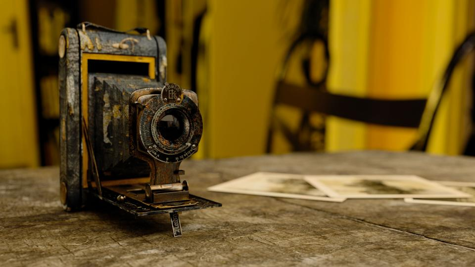technology, camera, vintage, old, decrepit, rust, photographs, desk, table, wood, bokeh, still