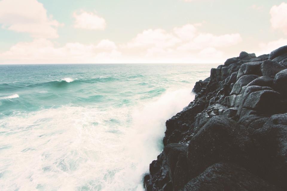 beach, ocean, sea, waves, water, horizon, rocks, coast, shore, landscape, nature, sky, sunshine, summer