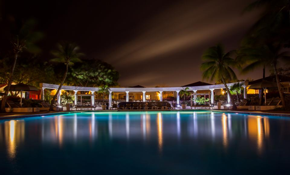 swimming pool, night, dark, lights, palm trees