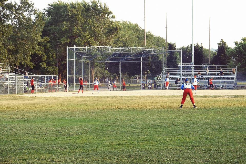 baseball, sports, park, field, mound, diamond, bleachers, athletes, dirt, grass, spectators, umpire