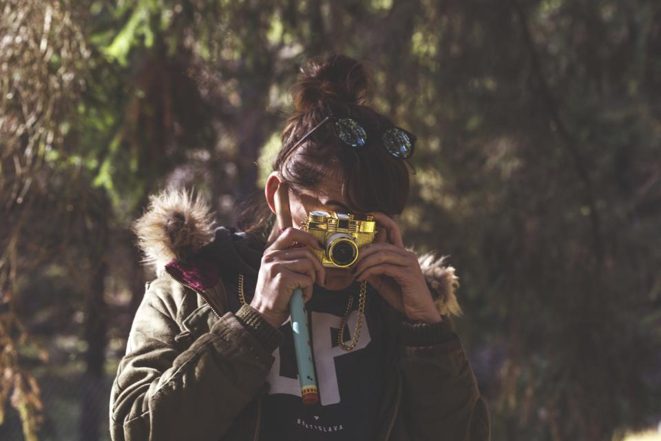 girl, woman, camera, picture, photography, photographer, people, lifestyle, outdoors, jacket, nature