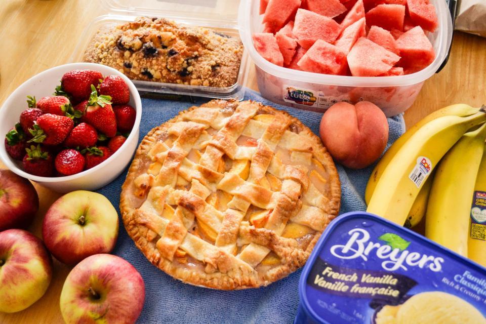 pie, dessert, food, fruits, apples, strawberries, bananas, watermelon, french vanilla, ice cream, kitchen