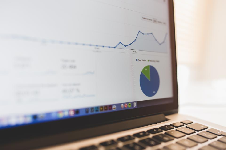 google, analytics, stats, graph, marketing, charts, computer, laptop, technology, business, working