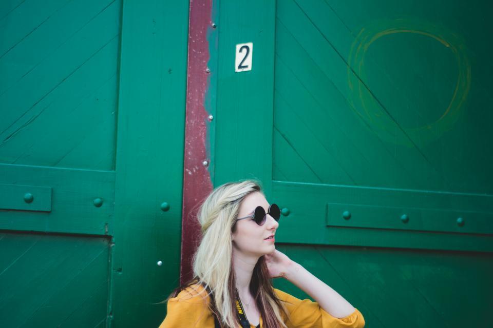 girl, blonde, fashion, sunglasses, people, model, green, door, lifestyle