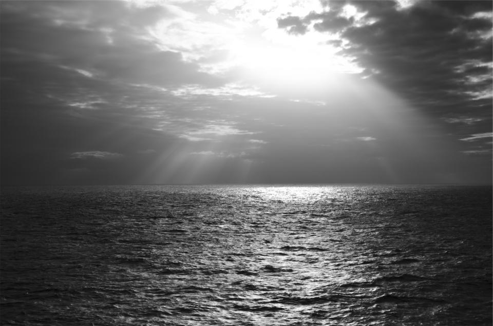 sunbeams, sky, clouds, ocean, sea, horizon, water, black and white