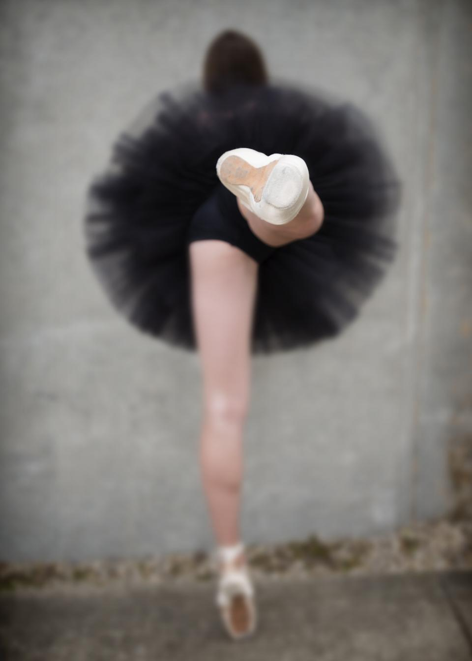 woman, girl, lady, people, dance, lift, leg, tutu, still, bokeh