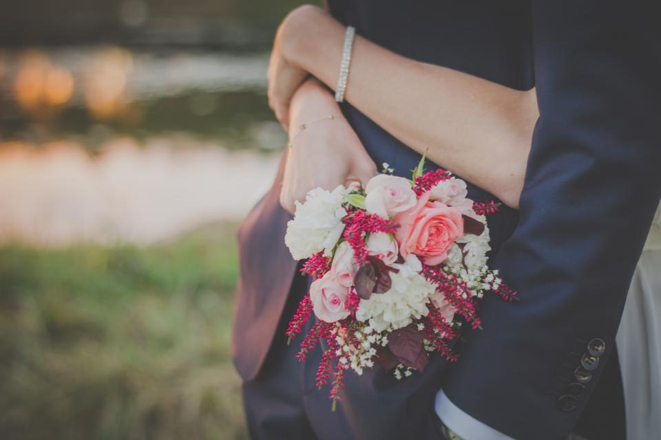 bouquet, flowers, wedding, bride, groom, man, woman, people, love, couple