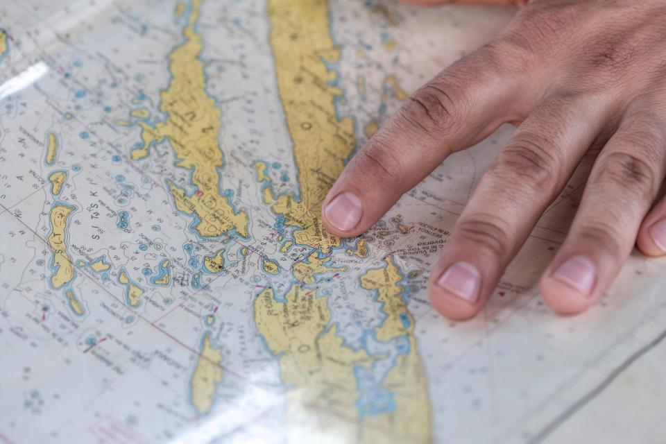 map, navigation, travel, trip, hands, fingers, directions