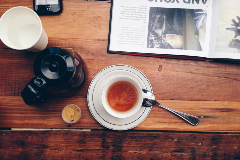 tea, coffee, cup, wood, table, book, magazine, drinks