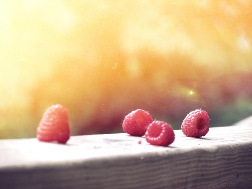 red, rasberries, fruits, sunshine