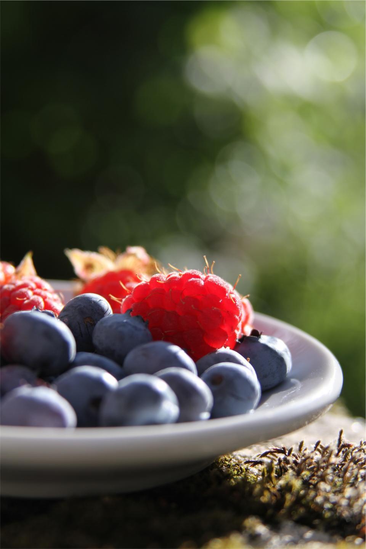 blueberries, raspberries, fruits, food, healthy