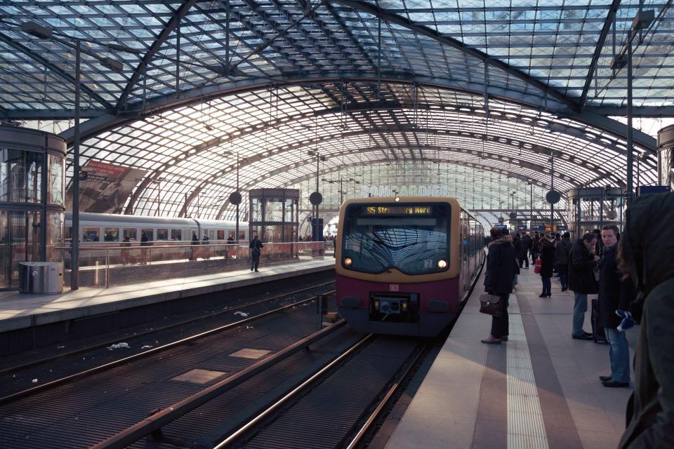subway, train, station, transportation, city, urban, people, travel, crowd