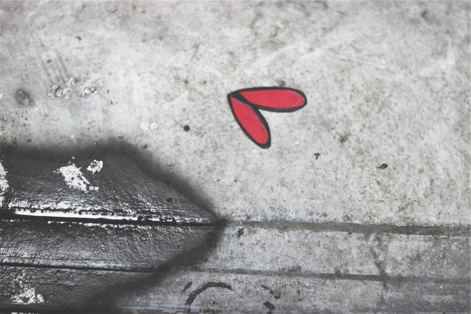concrete, red, heart