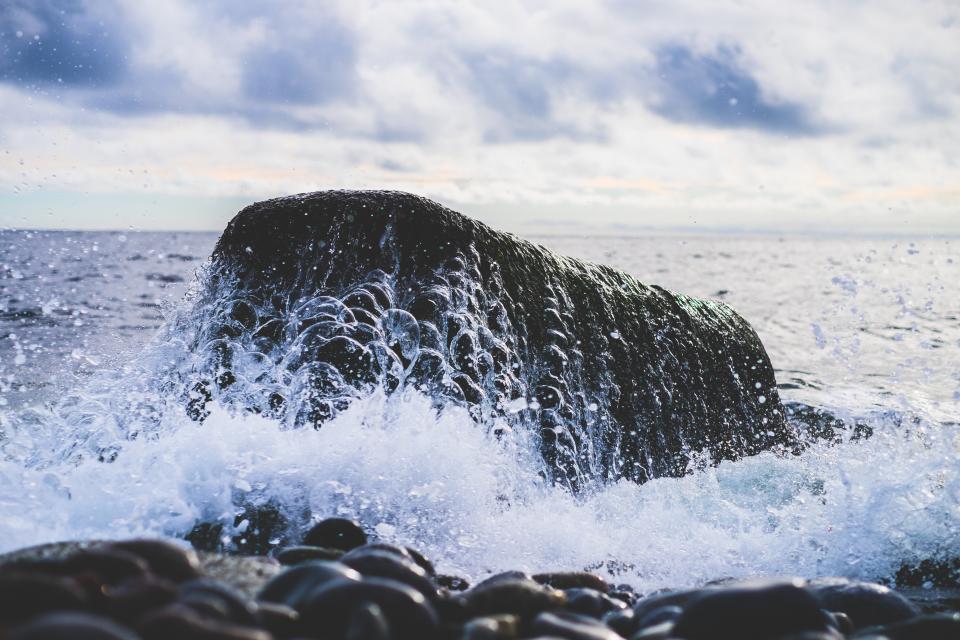 ocean, sea, waves, splash, rocks, boulder, horizon, sky, clouds