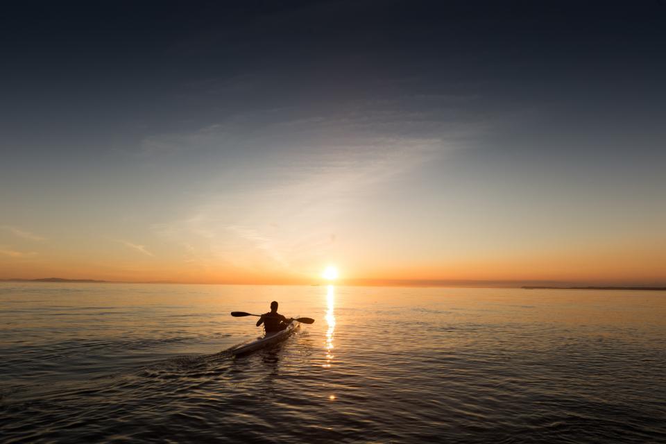 kayak, lake, water, sunset, horizon, dusk, sky, landscape, nature, outdoors, people