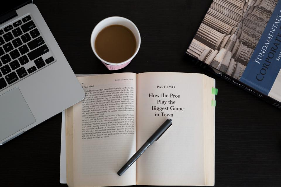books, reading, learning, pen, macbook, laptop, computer, business, finance, desk, coffee, working