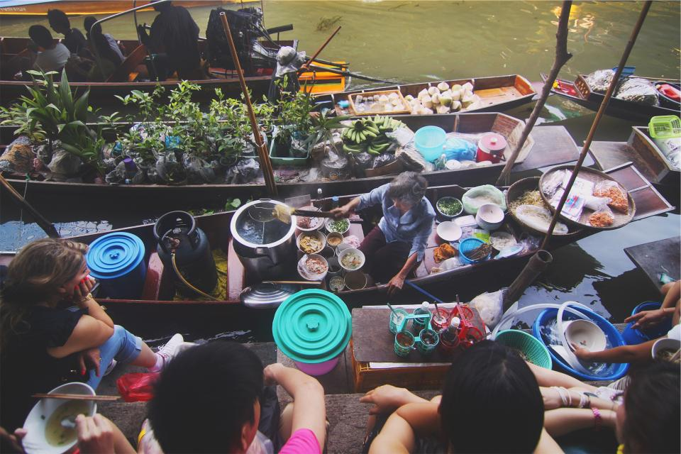 asian, food, noodles, chopsticks, broth, bowls, pot, boiling water, fruits, vegetables, ingredients, people, children, kids, old woman, young, girl, plants, boats, market
