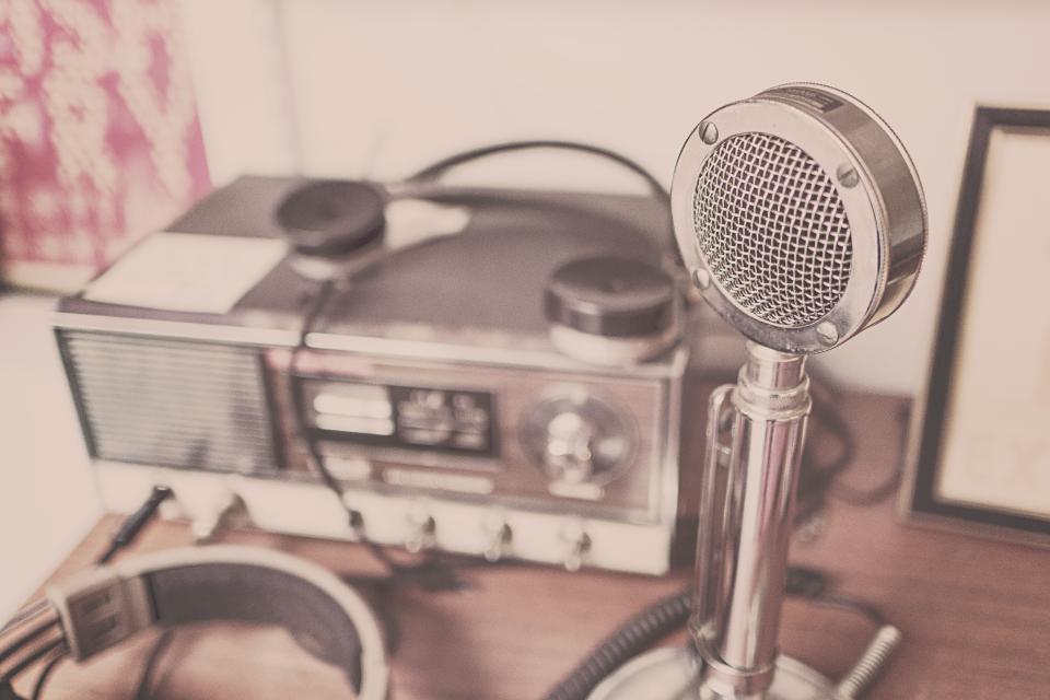 microphone, headphones, radio, airwaves, audio, equipment