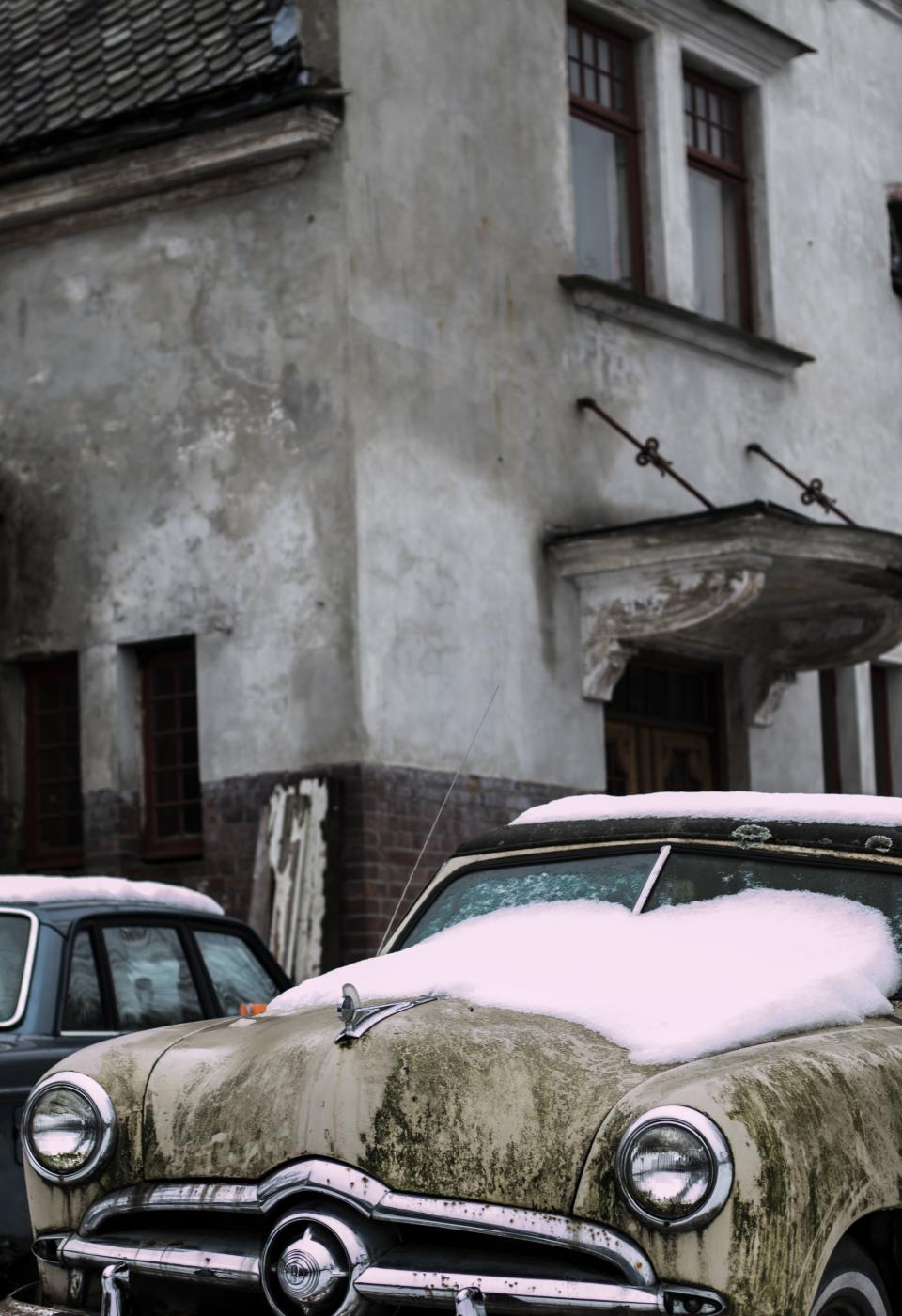 car, snow, cold, winter, windshield, house, building, vintage