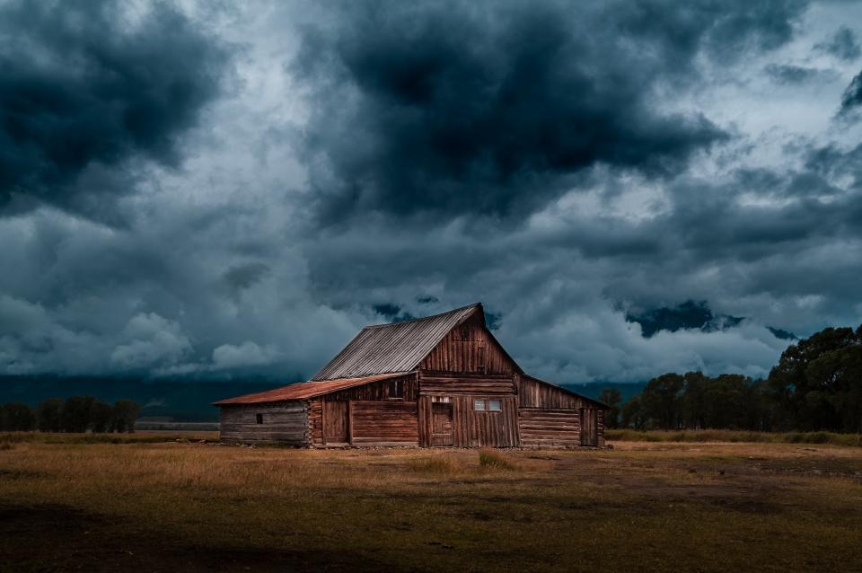 log, cabin, barn, field, rural, countryside, nature, landscape, storm, sky, clouds, cloudy, grey