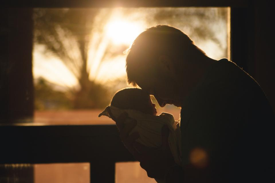 baby, child, father, parent, guy, man, people, love, silhouette, shadow, sunrise, morning