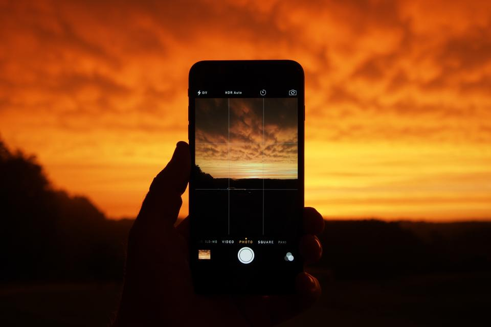 iphone, camera, picture, photography, technology, sunset, dusk, orange, sky, clouds, technology