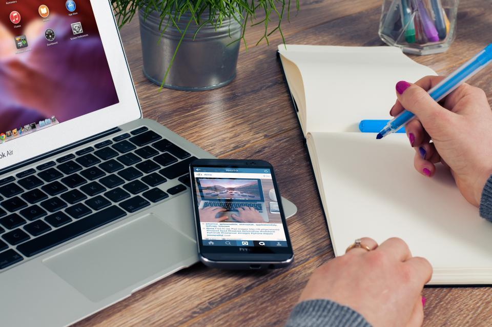 notebook, notepad, writing, marker, highlighter, office, business, desk, mobile, smartphone, instagram, social media, macbook, laptop, computer, work