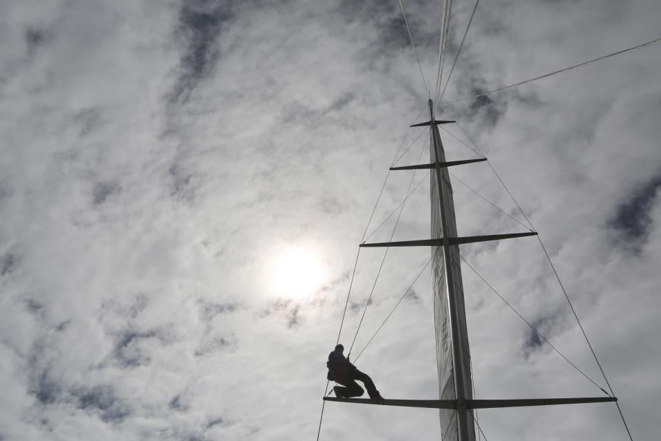 mast, sailboat, sailing, clouds, cloudy, sky, sun, adventure, outdoors, people