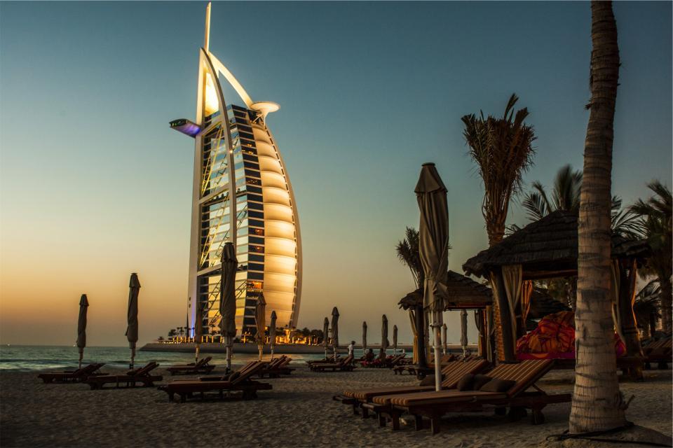 Burj Al Arab, Dubai, hotel, architecture, beach, sand, ocean, sea, lounge chairs, sunset, dusk, vacation